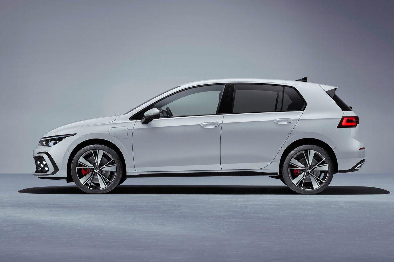 Volkswagen-Golf_GTE-2021-1280-03