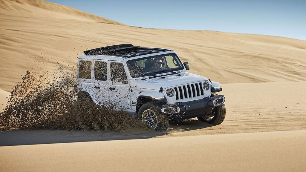 사진자료2-지프(Jeep®), 랭글러 오버랜드 파워탑 모델 국내 최초 출시