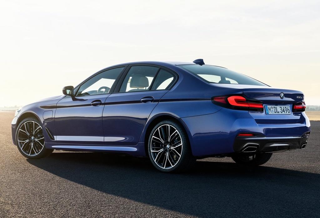 BMW-5-Series-2021-1280-14
