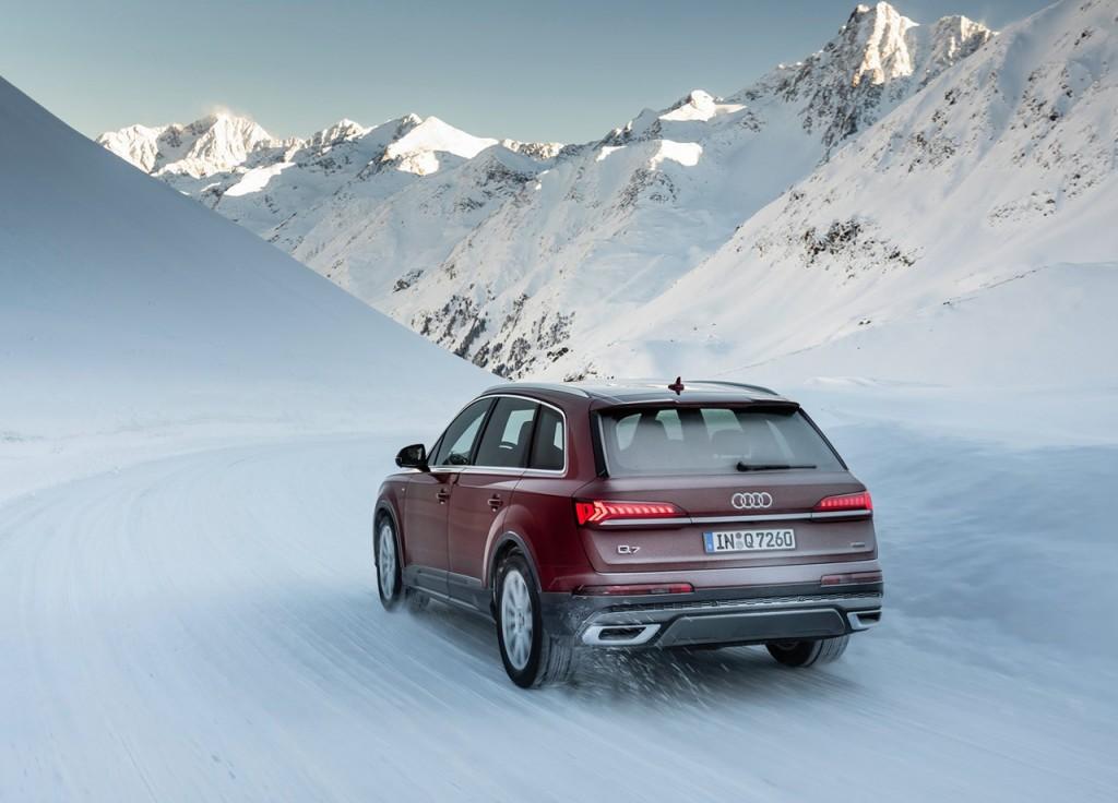 Audi-Q7-2020-1600-47