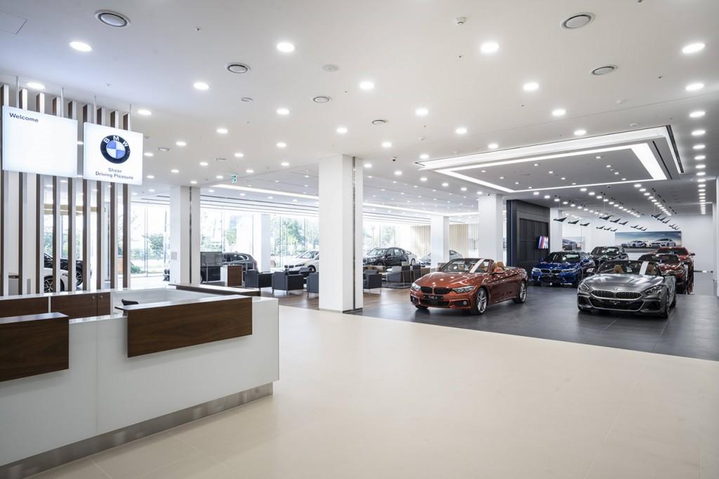 사진2- BMW 수원 도이치오토월드 전시장