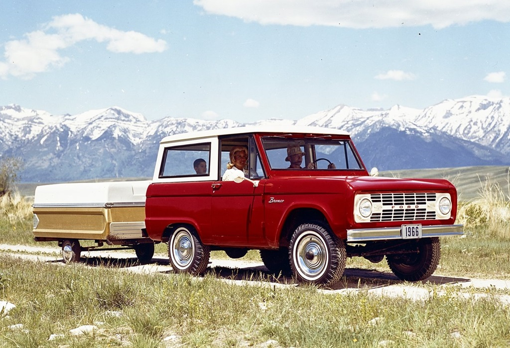 Ford-Bronco-1966-1280-01