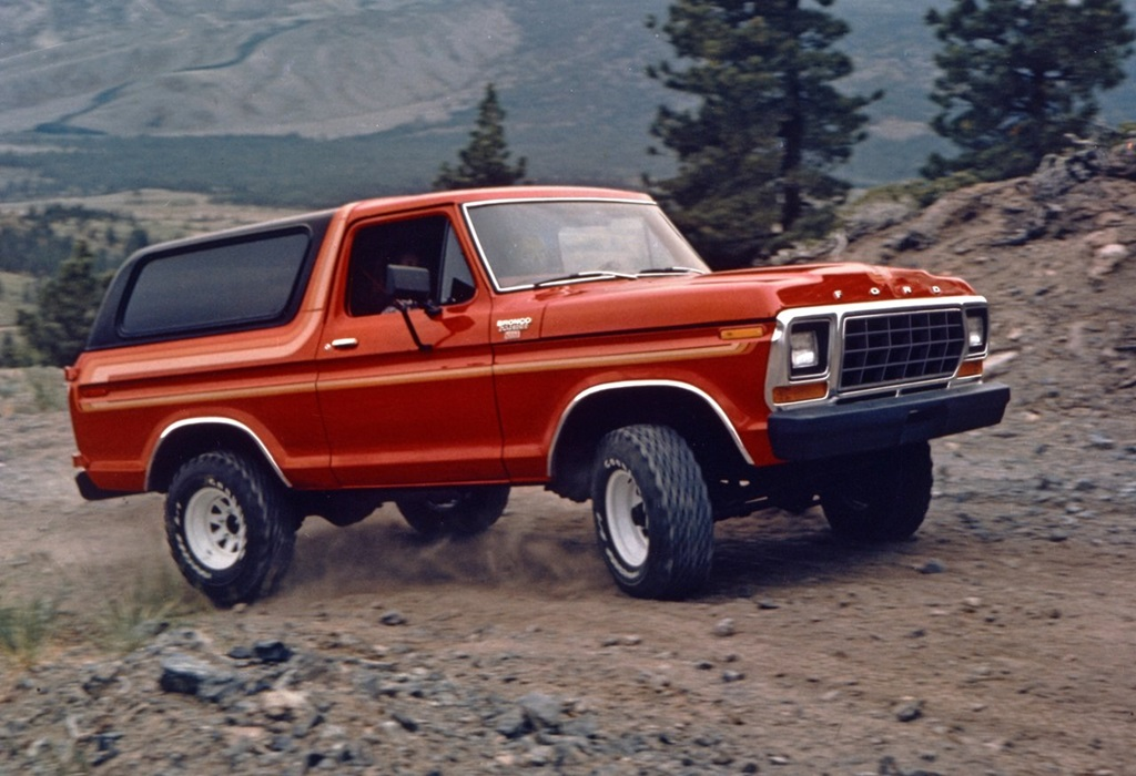 Ford-Bronco-1978-1280-04