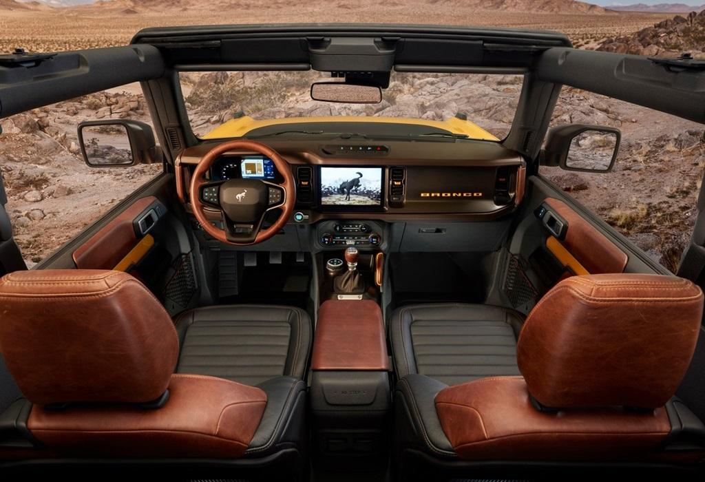 Ford-Bronco_2-door-2021-1280-13