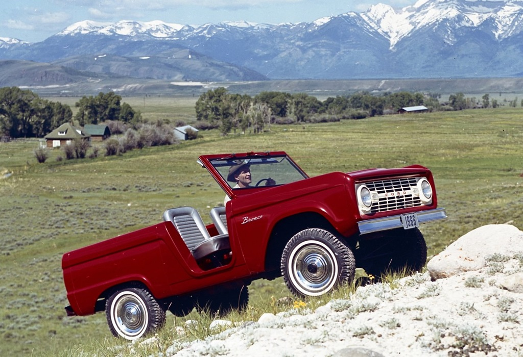 Ford-Bronco_Roadster-1966-1280-01