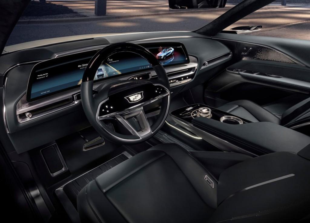Cadillac-Lyriq_Concept-2020-1600-0c
