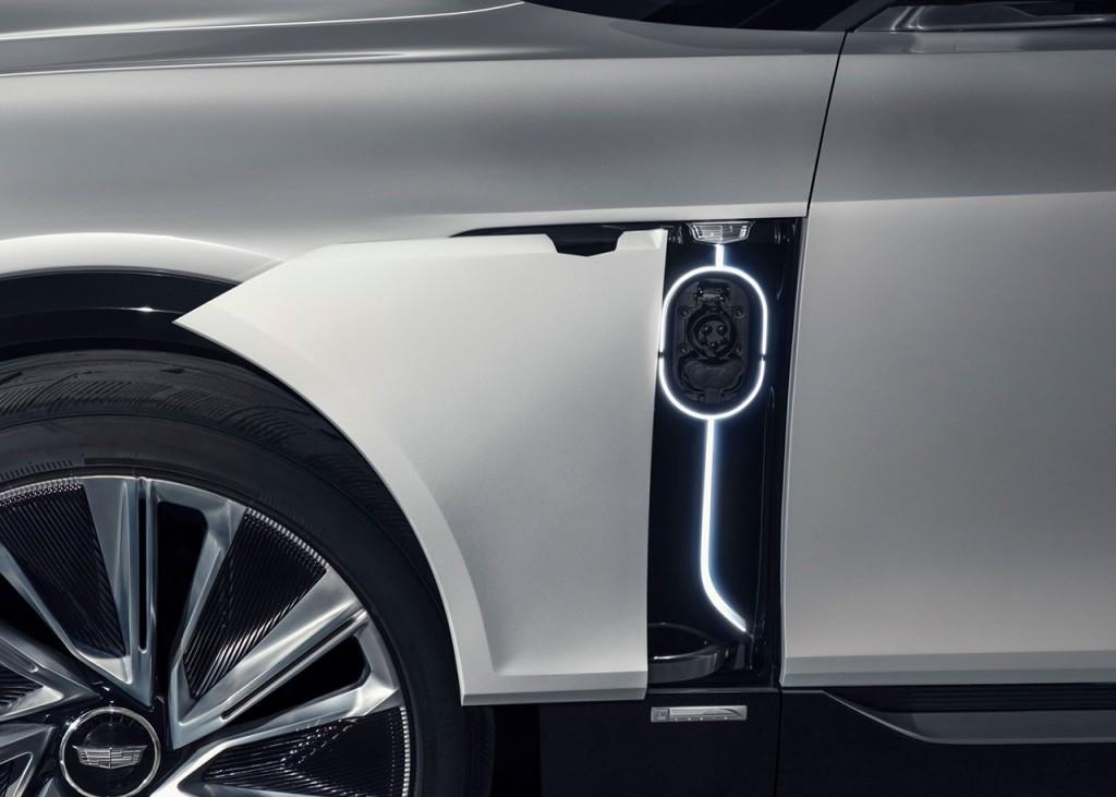 Cadillac-Lyriq_Concept-2020-1600-15