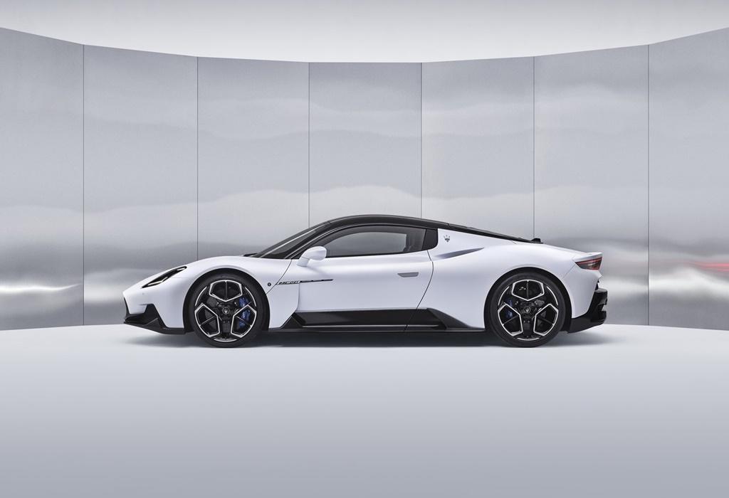Maserati-MC20-2021-1280-02