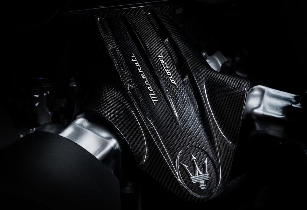 Maserati-MC20-2021-1280-2d