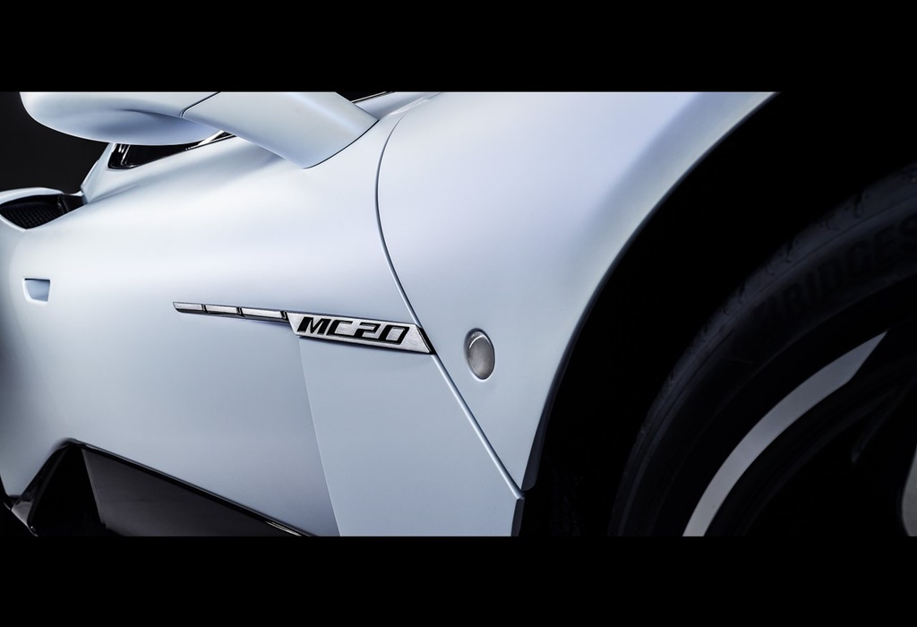 Maserati-MC20-2021-1280-36
