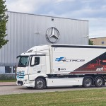 메르세데스-벤츠 대형 순수 전기 트럭 e악트로스(eActros), 커티너리 트럭과 컨셉 비교 주행 테스트에서 4톤 이상 짐 싣고 매일 300km 주행으로 우수성 입증